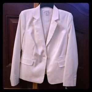 NWT Liz Claiborne white blazer